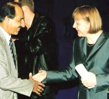 Hasan Tekin, Bundeskanzlerin Angela Merkel, 1999